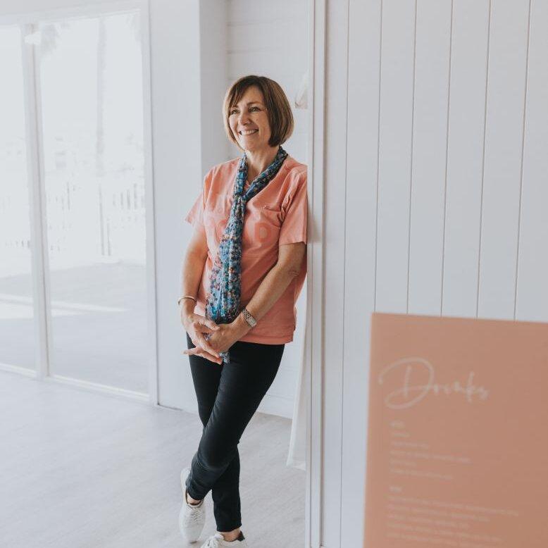 1 Anne Bertossi - The Designer _designer